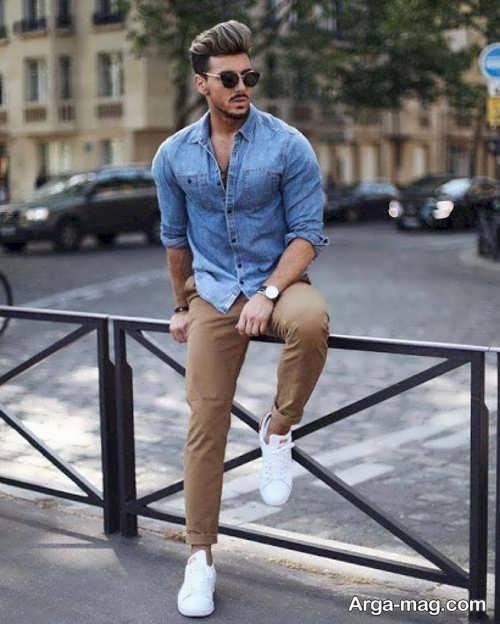 ست شلوار قهوه ای با کفش سفید