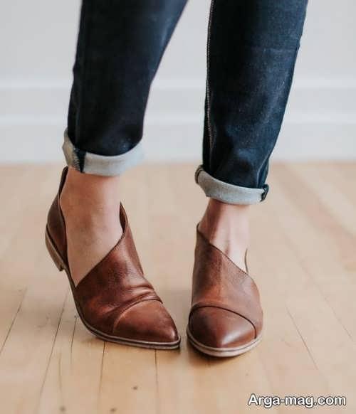 ست شلوار با کفش قهوه ای زنانه