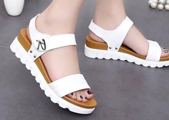 آشنایی با انواع مدل کفش دخترانه تابستانی