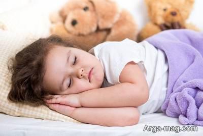 عرق کردن بچه ها در خواب