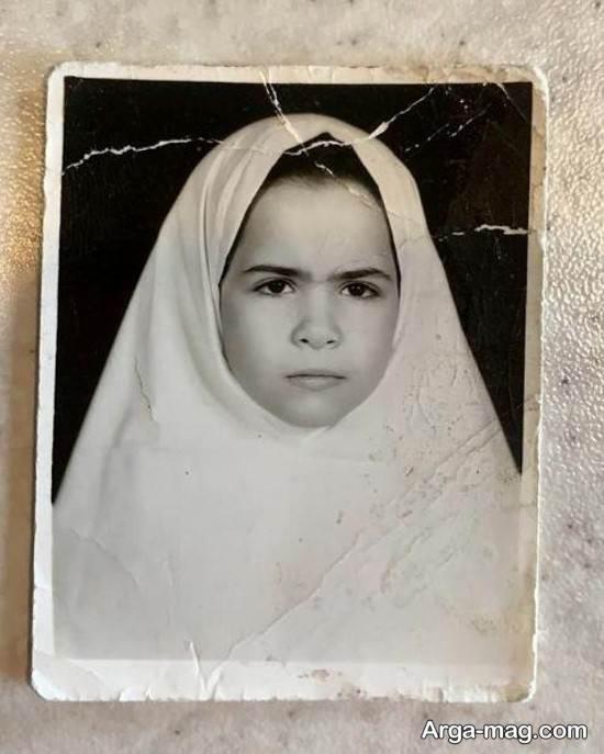 عکس کودکی ملیکا شریفی نیا با قیافه اخمو!
