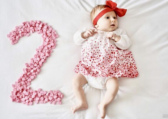 آشنایی با انواع ژست عکس ماهگرد نوزاد