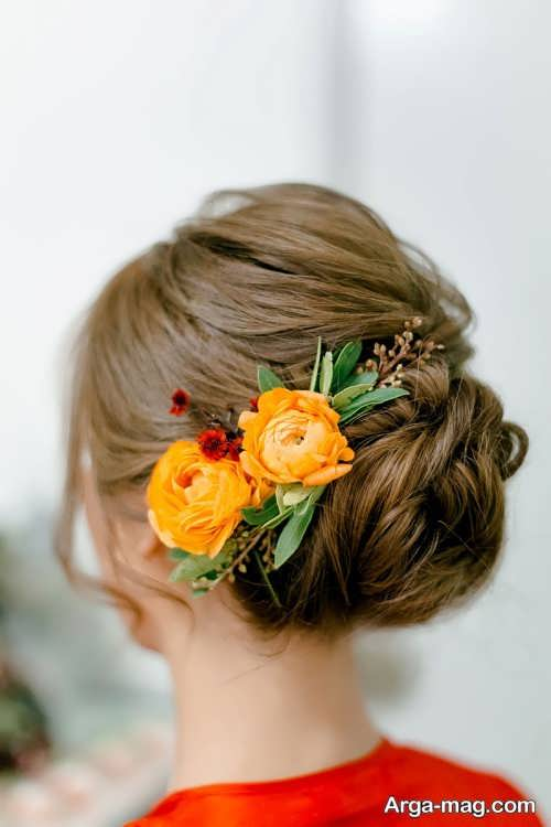 شینیون بسته با گل طبیعی