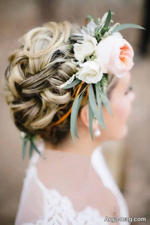 شینیون موی زنانه با گل طبیعی