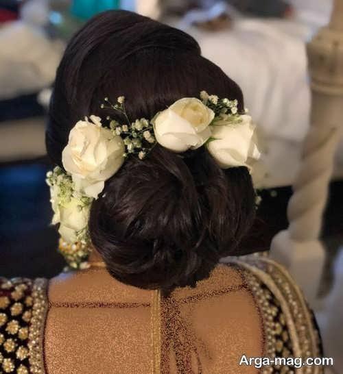 مدل شینیون با گل طبیعی سفید