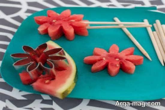 تزیینات میوه های مختلف با ساتفاده از تکه های میوه قاچ شده