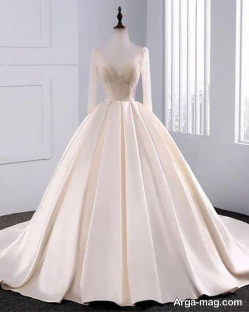مدل لباس عروس ساده و کرمی