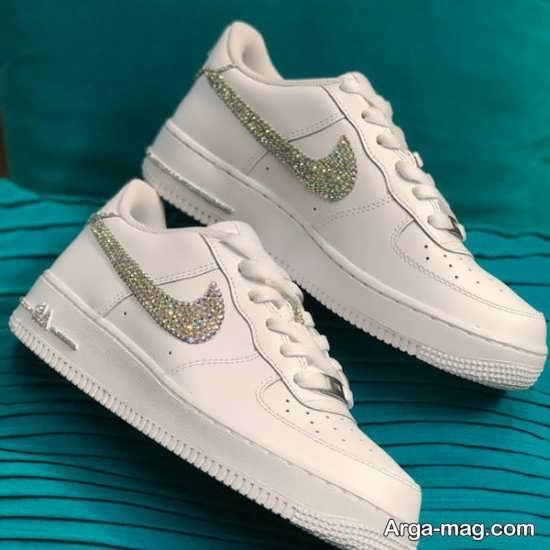 انواع متفاوت مدل کفش سفید دخترانه