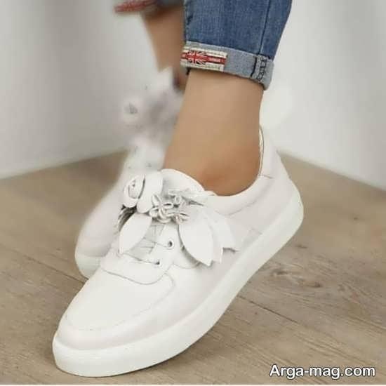 کفش سفید زنانه و دخترانه
