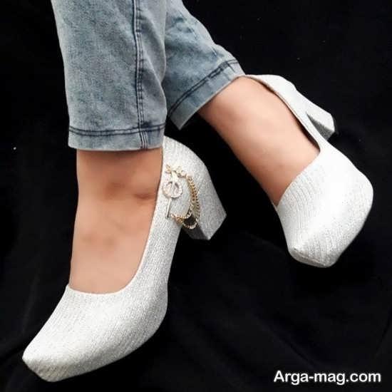 نمونه کفش سفید زیبا