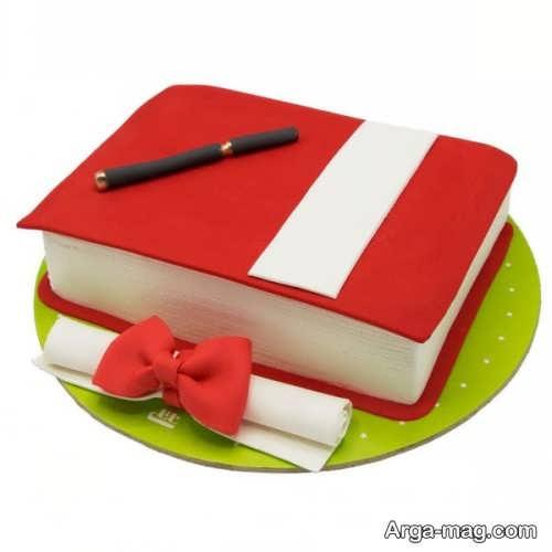 تزیین کیک فارغ التحصیلی با خمیر فوندانت