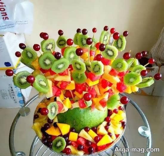 تزیینات انگورهای مختلف با رنگ و طعم های گوناگون