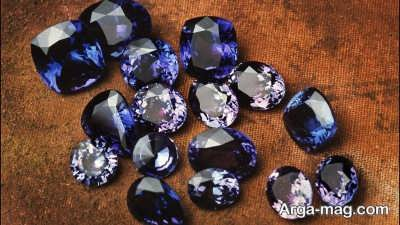شناخت ویژگی های سنگ تانزانیت و آشنایی با نحوه تشکیل این سنگ