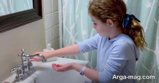 آموختن شستشوی دست ها به کودکان