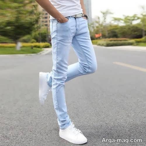 ست کفش سفید با شلوار جین
