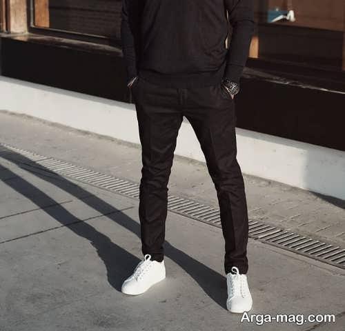 ست کفش مردانه سفید با لباس مشکی