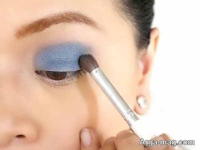 سایه رنگ آبی برای چشم های قهوه ای
