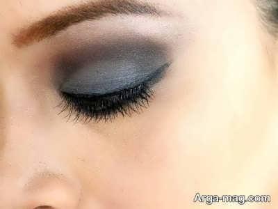 سایه خاکستری رنگ