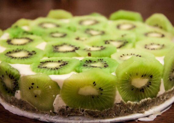 طرز تهیه کیک کیوی