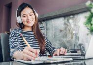 مزایای گوش دادن به موسیقی هنگام مطالعه
