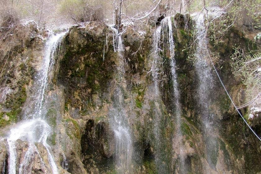 آبشار ارتکند با زیبایی های بی نظیرش