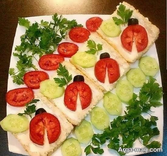 تزیین گوجه و خیار برای وعده ی صبحانه