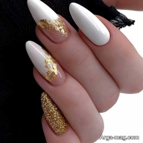 دیزاین ناخن با رنگ سفید و ورق طلا