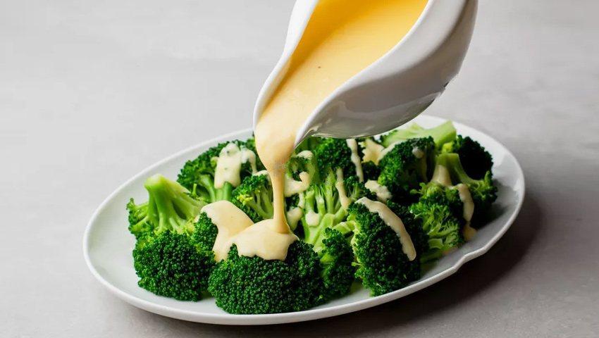 طرز تهیه سس پنیر چدار فوق العاده
