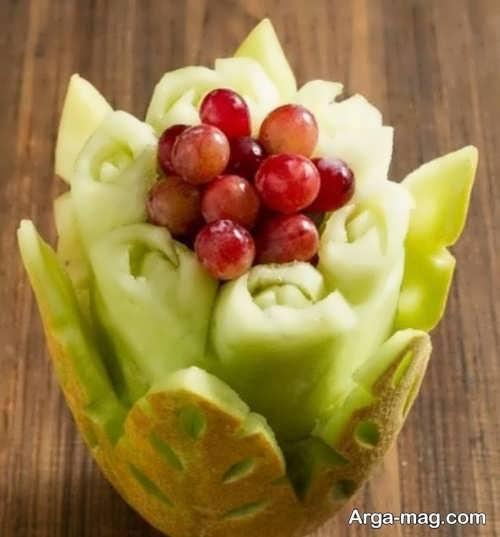 تزیین خربزه به شکل سبد میوه
