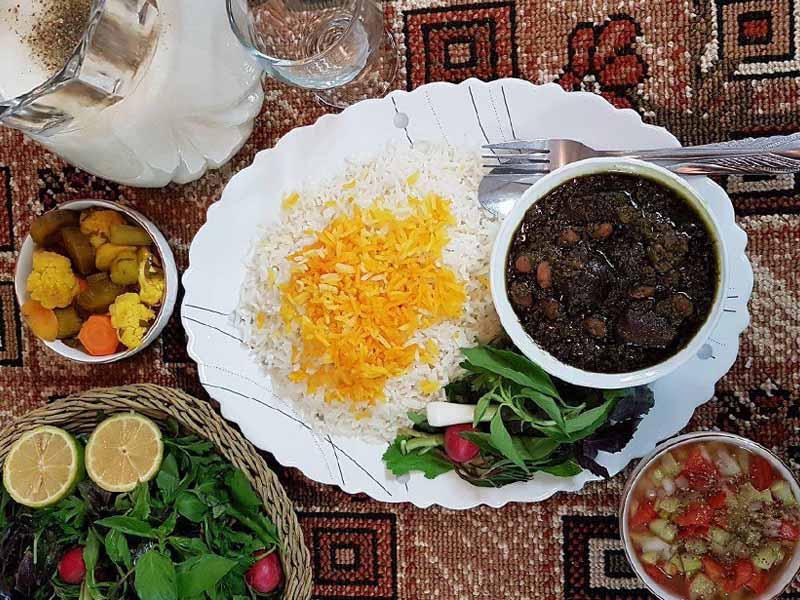 ست غذایی برای آخر هفته با منوی ایرانی