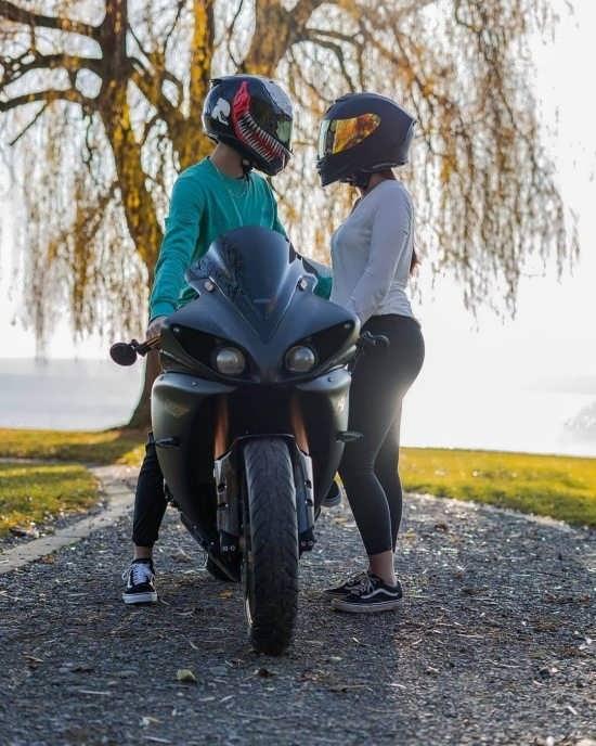 عکس پروفایل موتور سواری لاکچری و خفن