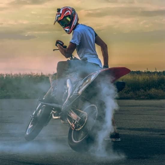 انواع تصویر پروفایل های جذاب موتور سواری