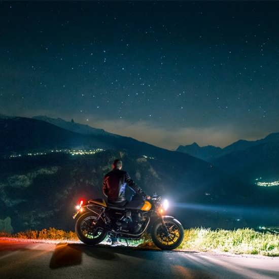 تصویر نوشته های خاص موتور سواری