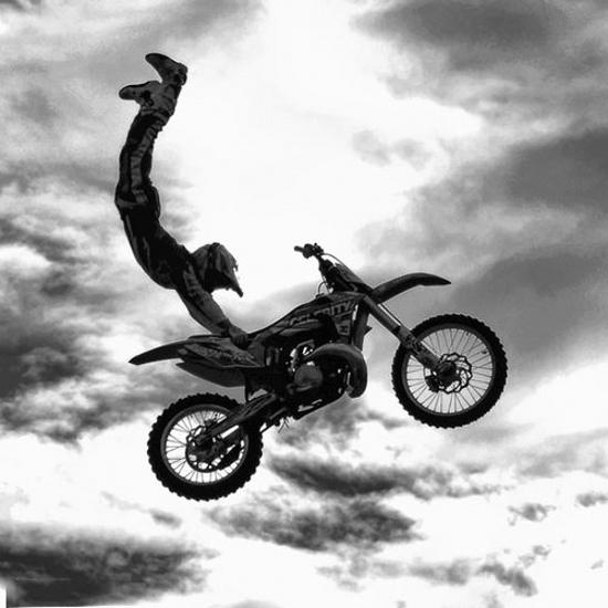 عکس پروفایل موتور سواری زیبا و جالب