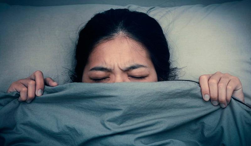 عصبانی خوابیدن