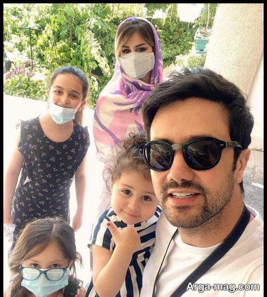 عکس های جدید از شاهرخ استخری و خانواده