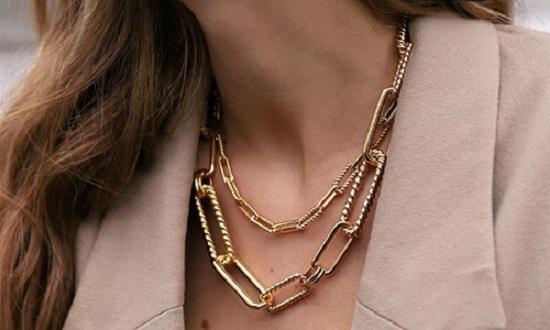 3 نکته تا خرید آنلاین گردنبند طلا، روبی همراه شماست!