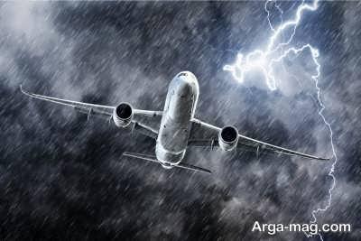 سیستم صاعقه گیر هواپیما به چه صورت است؟