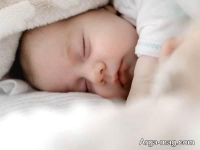 برجستگی پیشانی نوزاد