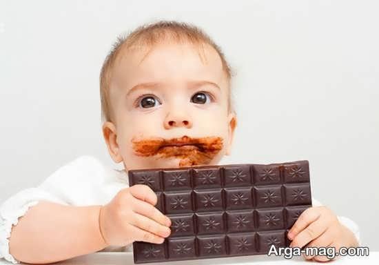 مضرات مصرف بیش از حد شکلات برای بچه ها
