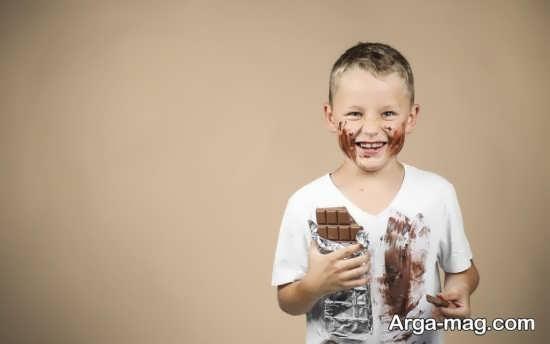 عوارض جانبی دادن شکلات به کودکان