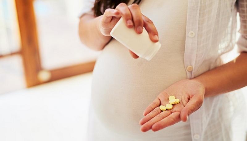انواع مکمل های ضروری در بارداری