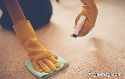 پاک کردن لکه واکس کفش