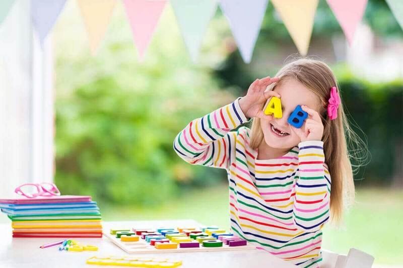 بهترین سن یادگیری زبان در کودکان