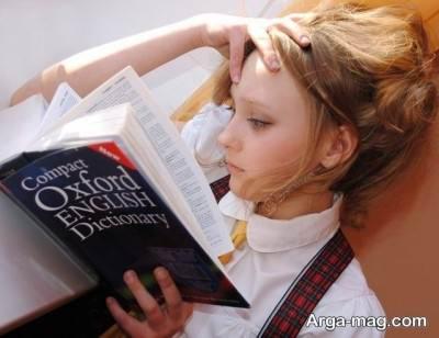 یاگیری زبان در سن 3 سالگی مفید تر است.