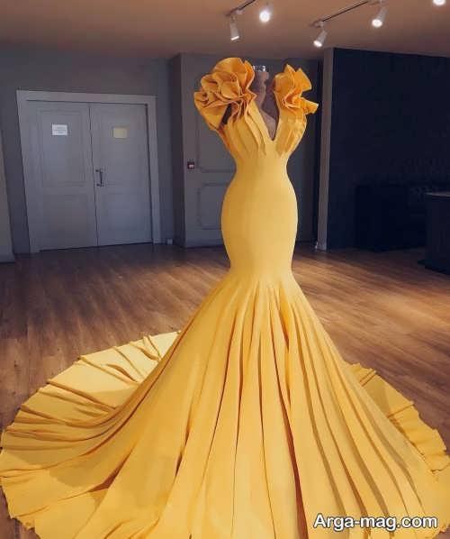 لباس مجلسی خردلی بلند و ساده