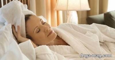 خوابیدن با موی خشک نشده